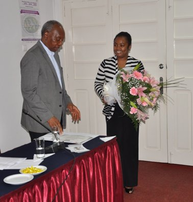 Dr Pascoal Mocumbi homenageado pela Rede DSR