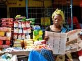 Acompanhe a distribuição do jornal A Verdade nos subúrbios de Maputo